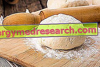 Īsās mīklas konditorejas izstrādājumi: receptes, barības īpašības un loma R.Borgacci