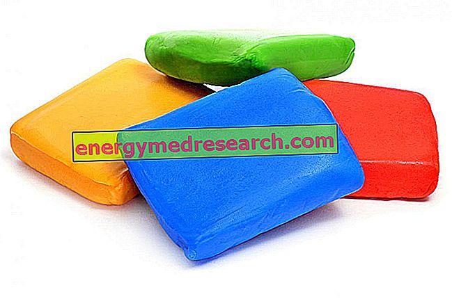 Шећерна паста: комерцијална ВС Хомемаде