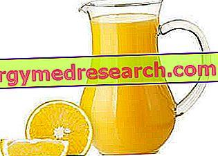 Sucos de frutas, sucos de frutas ou frutas inteiras?