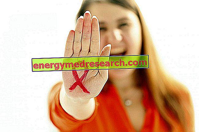 เหตุใดสัญลักษณ์เอดส์จึงเป็นริบบิ้นสีแดง