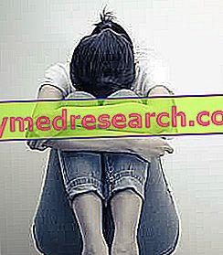Isteria - Chuyện gì vậy?  Nguyên nhân, triệu chứng và cách chữa