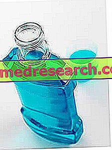 Chlorheksidino burnos plovimas