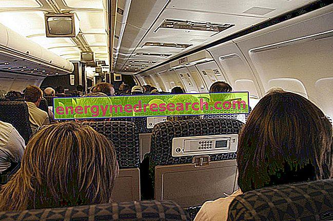 हवाई यात्रा: केबिन में नमी और निर्जलीकरण